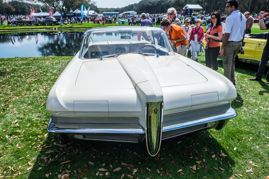 The 12 Cars You Have to See from the 2015 Amelia Island Concours - Slide 10
