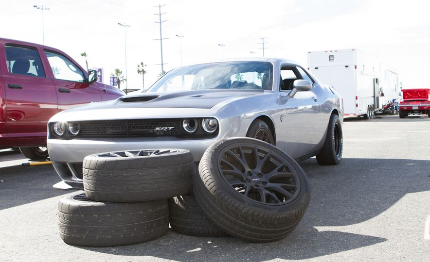 What's the Hellcat's True Potential? We Head to the Drag Strip with Various Tires to Find Out - Slide 19