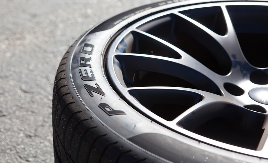 What's the Hellcat's True Potential? We Head to the Drag Strip with Various Tires to Find Out - Slide 22