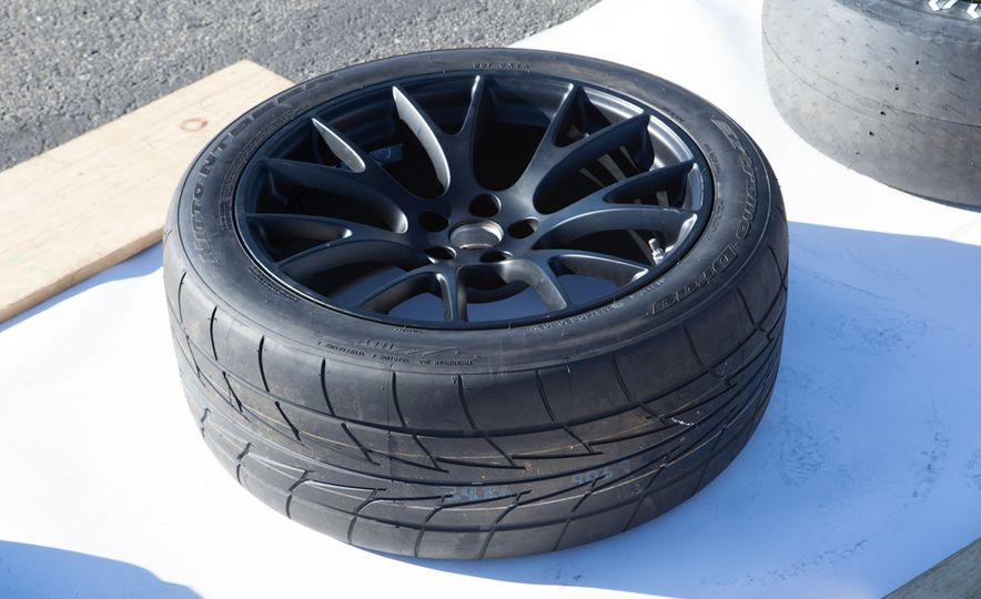 What's the Hellcat's True Potential? We Head to the Drag Strip with Various Tires to Find Out - Slide 32
