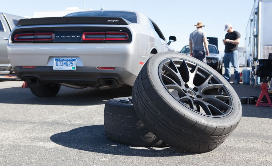 What's the Hellcat's True Potential? We Head to the Drag Strip with Various Tires to Find Out - Slide 34