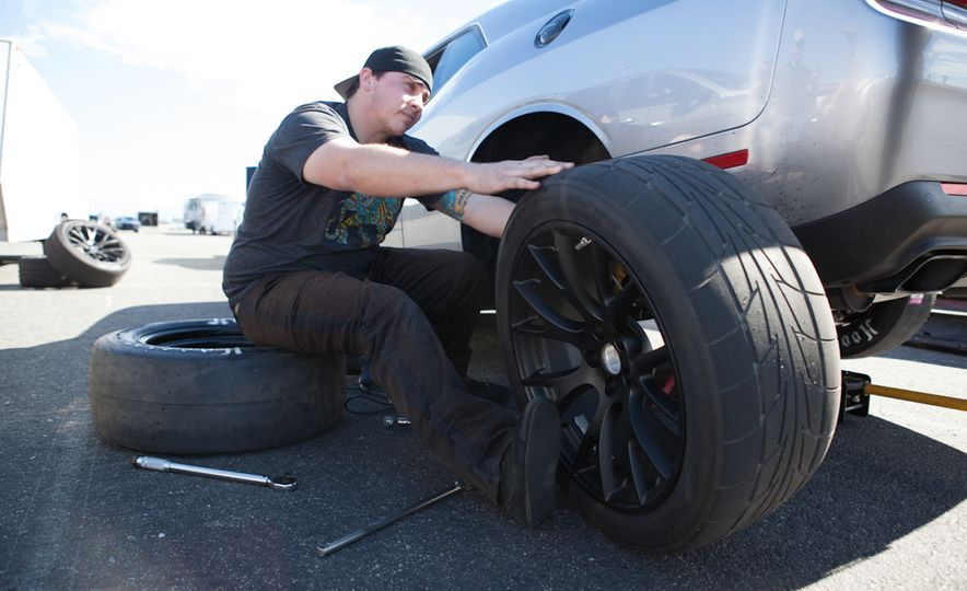 What's the Hellcat's True Potential? We Head to the Drag Strip with Various Tires to Find Out - Slide 35