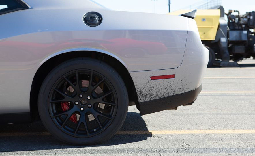 What's the Hellcat's True Potential? We Head to the Drag Strip with Various Tires to Find Out - Slide 38