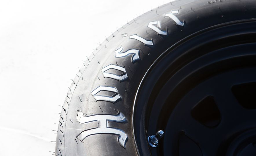 What's the Hellcat's True Potential? We Head to the Drag Strip with Various Tires to Find Out - Slide 47