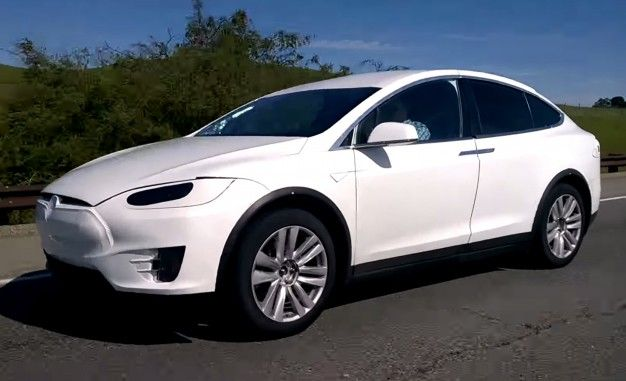 Here's Your Best Look Yet at the Production-Ready Tesla Model X