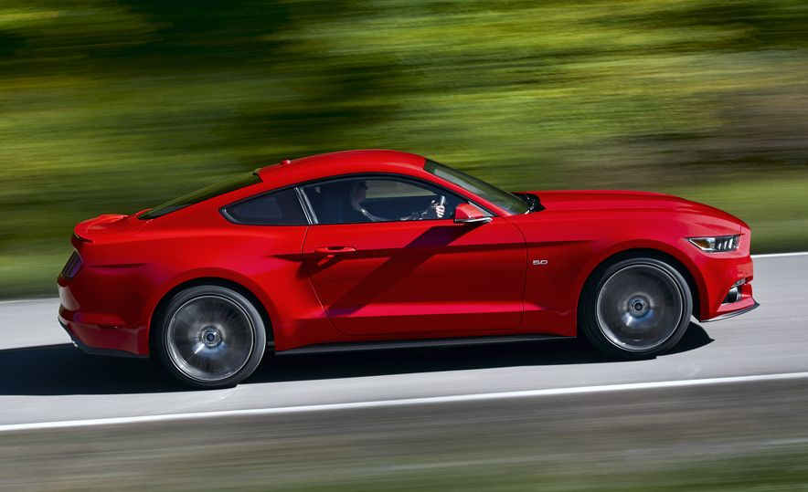 Stud Service: The Drawings and Designs that Gave Birth to the Latest Ford Mustang - Slide 25
