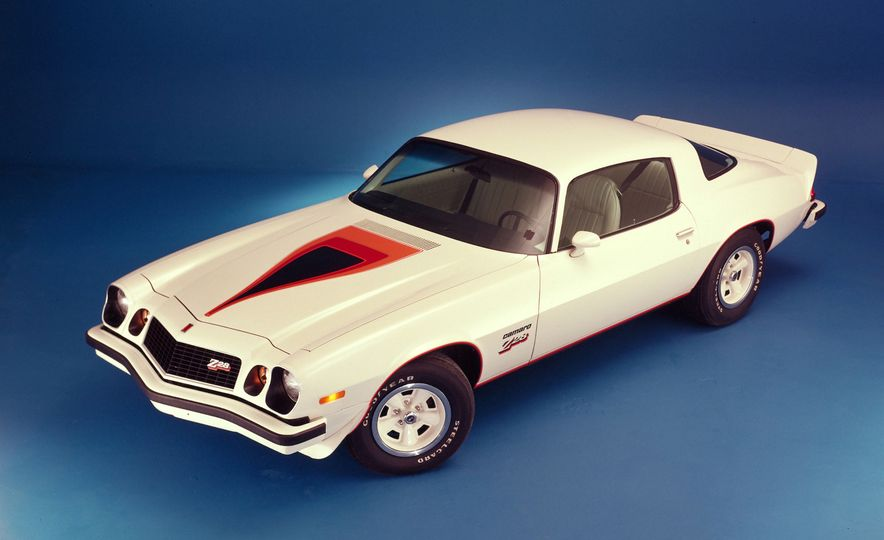 Bitchin' Indeed: A Visual History of the Chevrolet Camaro - Slide 21
