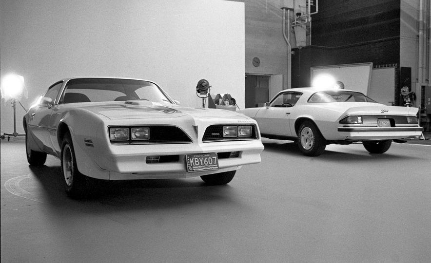 1977 Pontiac Firebird Trans-Am and 1977 Chevrolet Camaro Z/28 - Slide 1