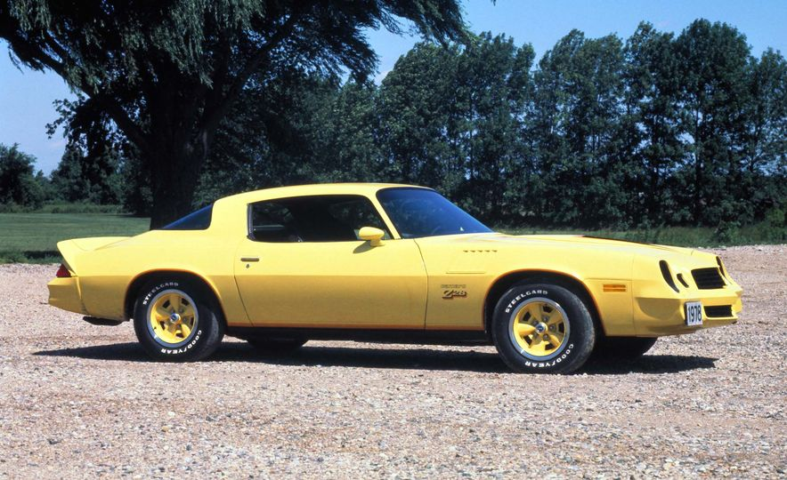 Bitchin' Indeed: A Visual History of the Chevrolet Camaro - Slide 23