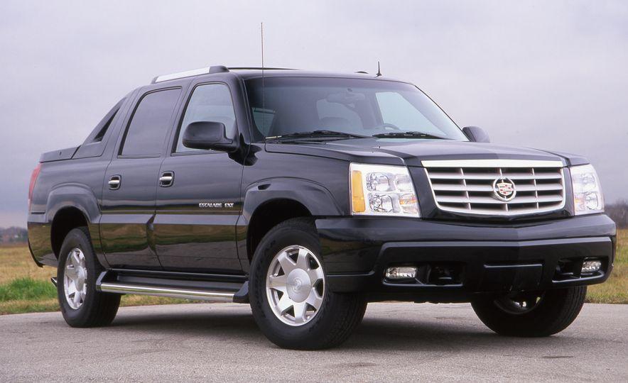 2002 Cadillac Escalade EXT - Slide 2