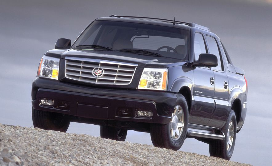2002 Cadillac Escalade EXT - Slide 10