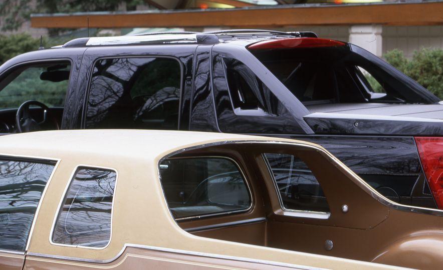 2002 Cadillac Escalade EXT - Slide 3