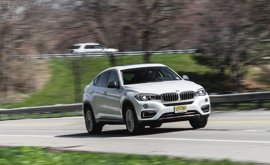 2015 BMW X6 xDrive35i - Slide 1
