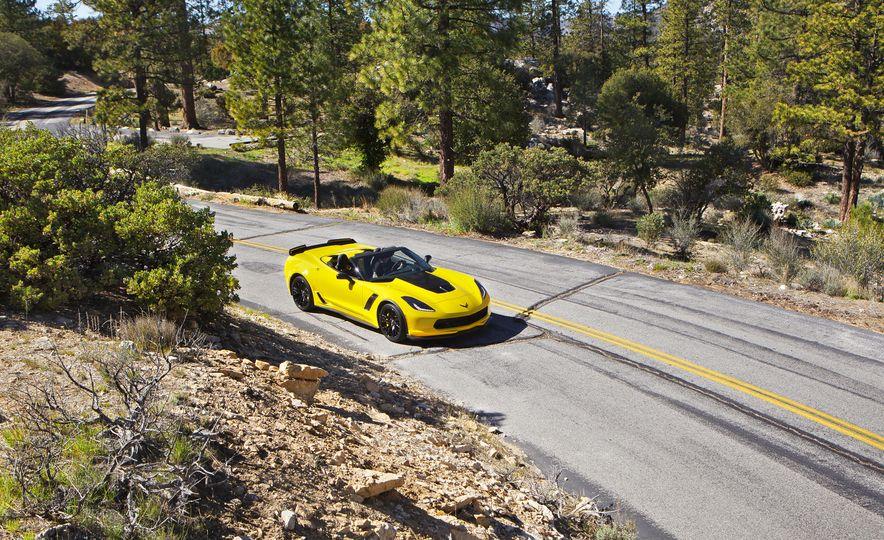 2016 Chevrolet Corvette Z06 C7.R Edition and Chevrolet Corvette C7.R race car - Slide 9