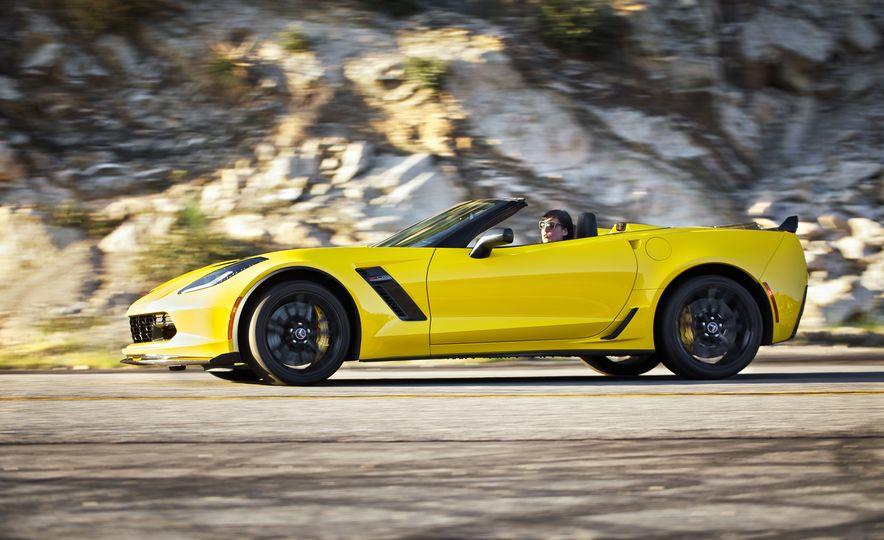 2016 Chevrolet Corvette Z06 C7.R Edition and Chevrolet Corvette C7.R race car - Slide 10