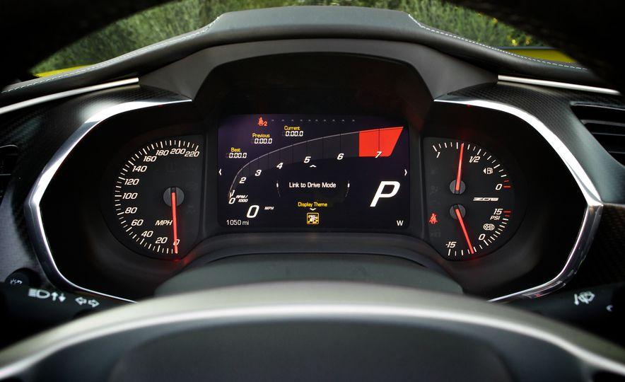 2016 Chevrolet Corvette Z06 C7.R Edition and Chevrolet Corvette C7.R race car - Slide 56