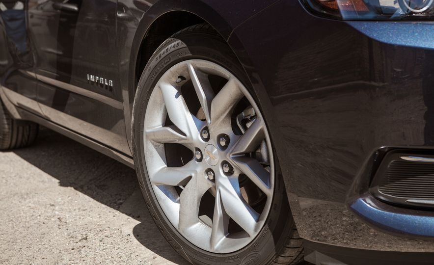 2016 Chevrolet Impala Midnight Edition - Slide 11