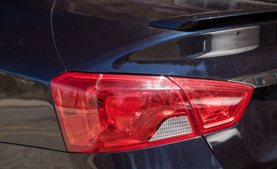 2016 Chevrolet Impala Midnight Edition - Slide 19