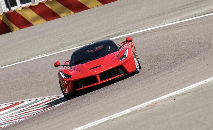 2015 Ferrari LaFerrari - Slide 12
