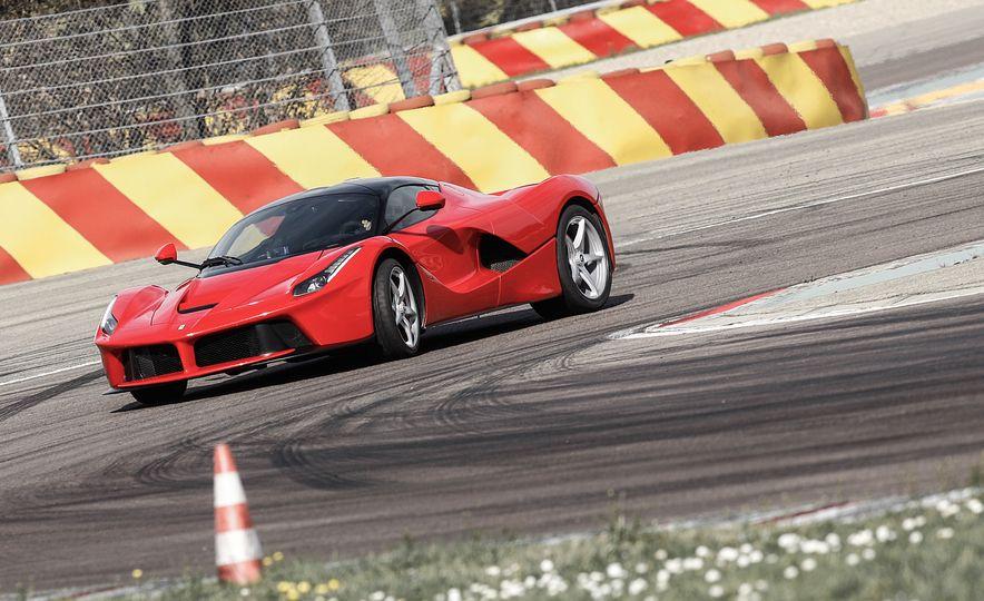 2015 Ferrari LaFerrari - Slide 17