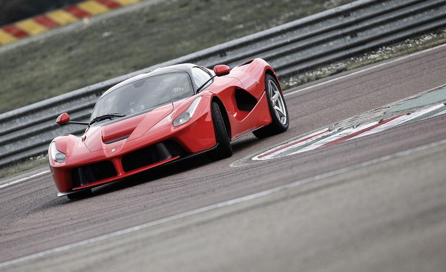2015 Ferrari LaFerrari - Slide 18