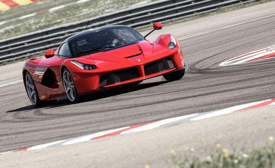 2015 Ferrari LaFerrari - Slide 19