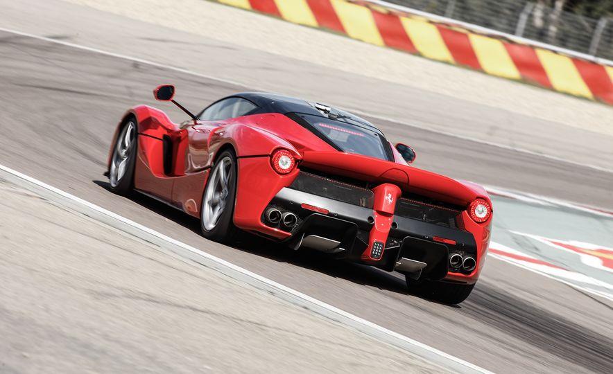 2015 Ferrari LaFerrari - Slide 23