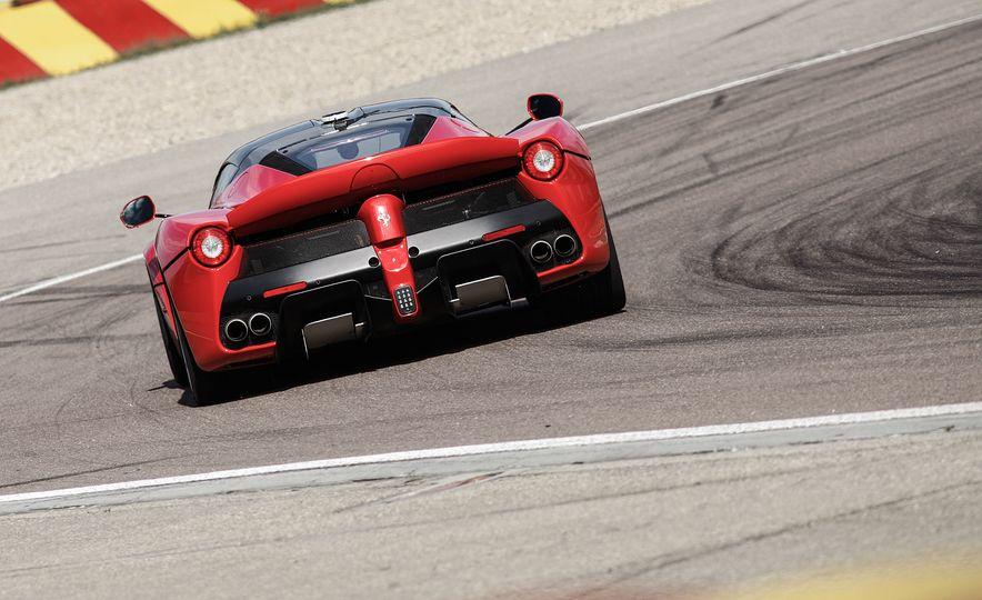 2015 Ferrari LaFerrari - Slide 25