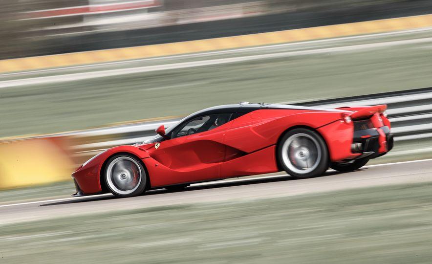 2015 Ferrari LaFerrari - Slide 28