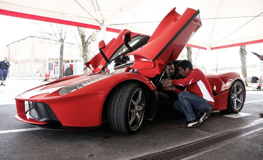 2015 Ferrari LaFerrari - Slide 36