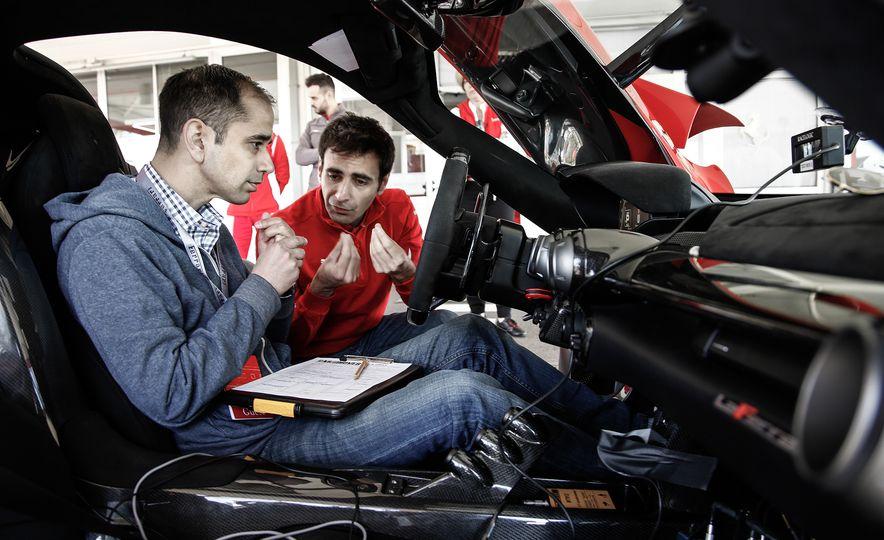2015 Ferrari LaFerrari - Slide 42