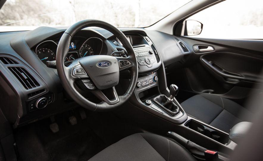 2015 Ford Focus 1.0L EcoBoost - Slide 20