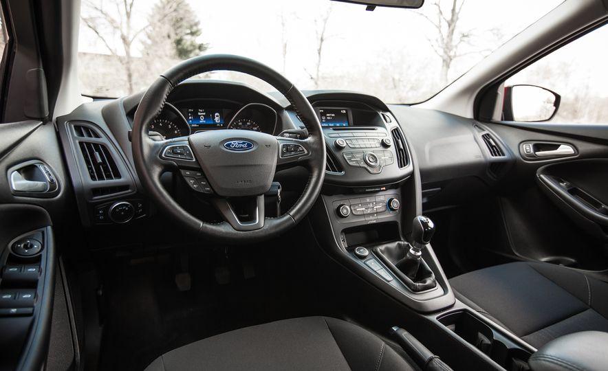 2015 Ford Focus 1.0L EcoBoost - Slide 21