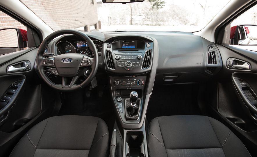 2015 Ford Focus 1.0L EcoBoost - Slide 22