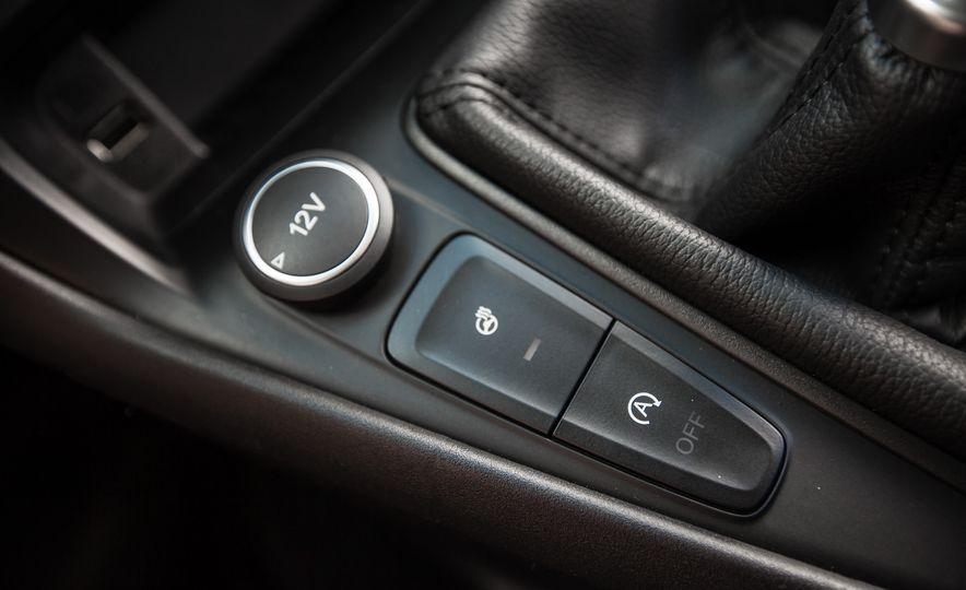2015 Ford Focus 1.0L EcoBoost - Slide 43