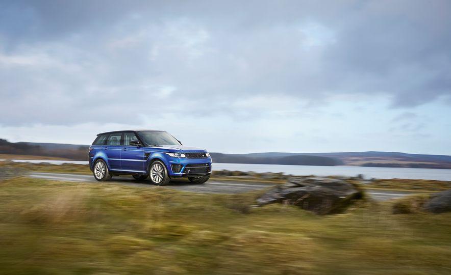 2015 Land Rover Range Rover Sport SVR - Slide 1