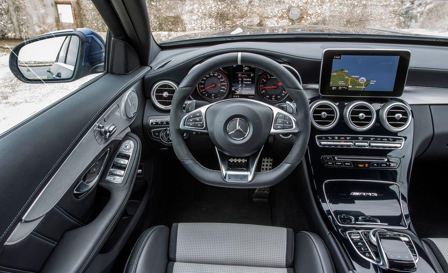 2016 Mercedes-AMG C63 coupe (artist's rendering) - Slide 37