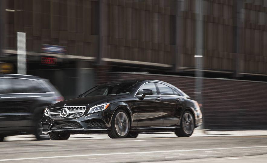 2015 Mercedes-Benz CLS400 4MATIC - Slide 3