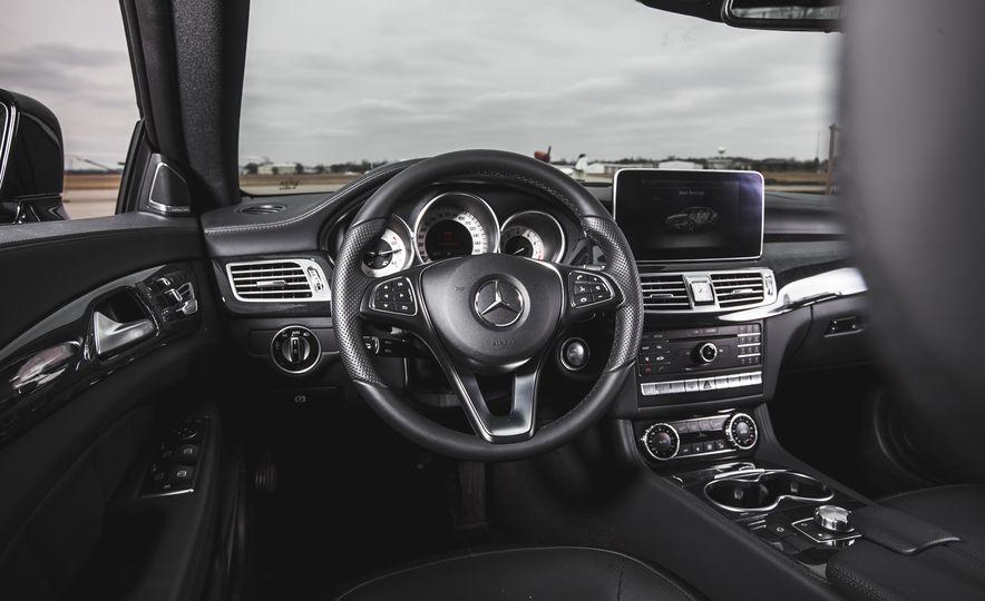 2015 Mercedes-Benz CLS400 4MATIC - Slide 17