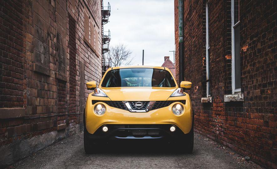 2016 Nissan Juke Stinger Edition by Color Studio - Slide 10