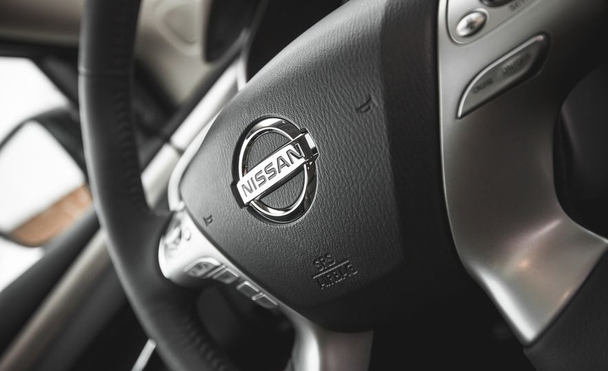 2015 Nissan Murano Platinum AWD - Slide 130