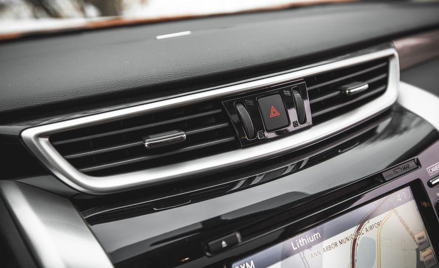 2015 Nissan Murano Platinum AWD - Slide 136