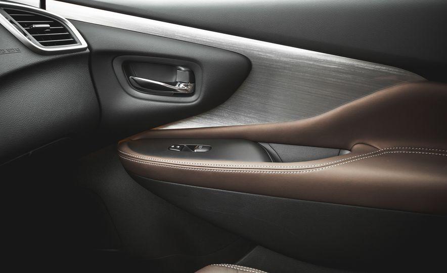 2015 Nissan Murano Platinum AWD - Slide 138