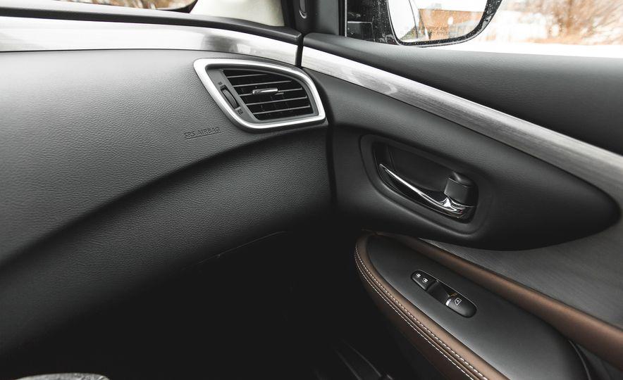 2015 Nissan Murano Platinum AWD - Slide 139