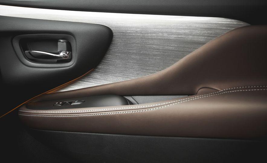 2015 Nissan Murano Platinum AWD - Slide 140