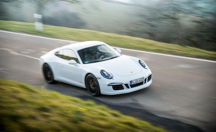 2016 Jaguar F-type R coupe, 2015 Porsche 911 Carrera GTS, and 2016 Mercedes-AMG GT S - Slide 44