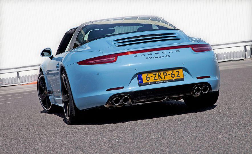 2015 Porsche 911 Targa 4S Exclusive Edition - Slide 2