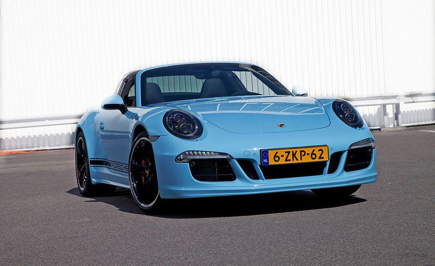 2015 Porsche 911 Targa 4S Exclusive Edition - Slide 4