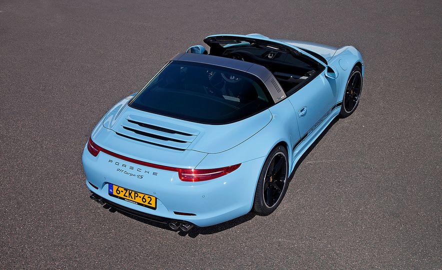 2015 Porsche 911 Targa 4S Exclusive Edition - Slide 6