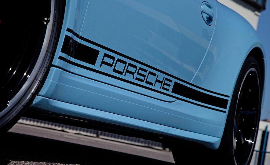 2015 Porsche 911 Targa 4S Exclusive Edition - Slide 7